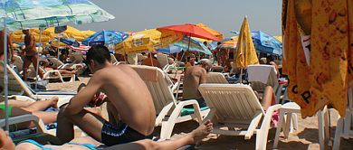 Swedes flock to Europe's extreme heat
