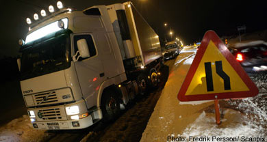 Snow storms cause chaos on Sweden's roads