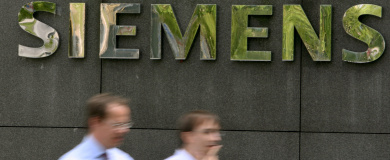 Probe finds widespread misconduct at Siemens