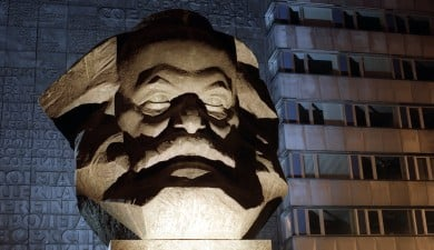 Unknown Karl Marx letter sells for €52,000