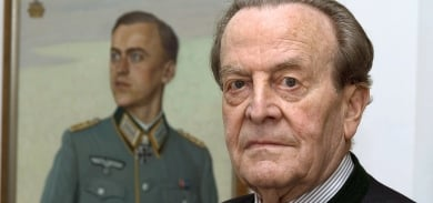 Would-be Hitler assassin dies at 90