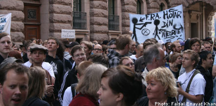 Surveillance protesters gather outside Riksdag