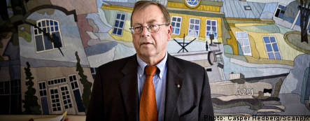 FRA chief admits to intelligence sharing