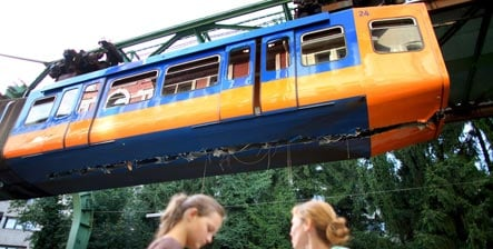 Wuppertal suspension railway resumes service after accident