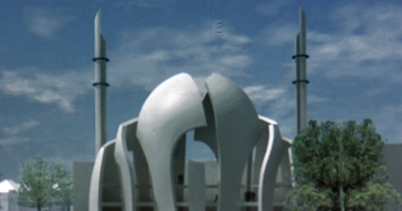 Smaller minarets win approval for huge Cologne mosque