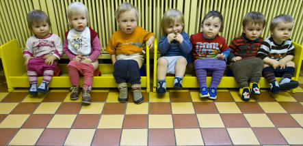 Parliament approves universal daycare by 2013