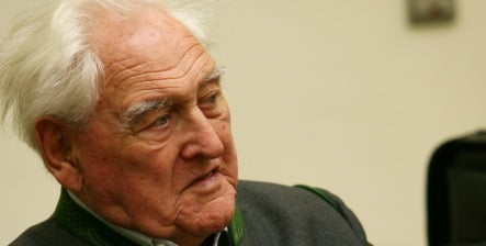 Alleged Nazi war criminal to stand trial at age 90