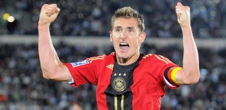 Klose hat-trick snatches draw from Finland