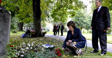 Sweden reflects on Anna Lindh's death
