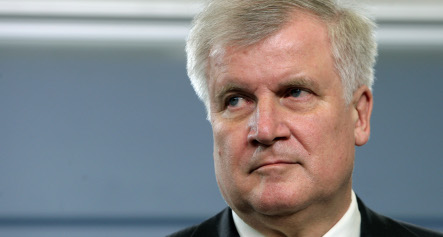 Path clear for Seehofer to become next Bavarian premier