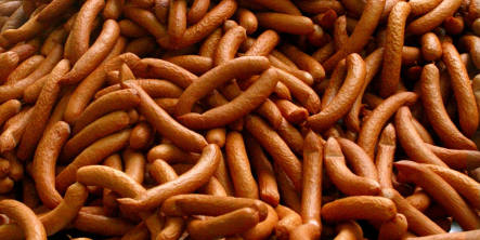 Drunk fined €2,400 for swiping sausage in Cologne