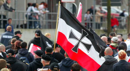 Neo-Nazi march in Passau takes place amid protests