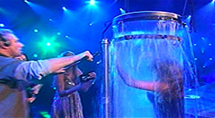 Illusionist nearly drowns in failed trick on Uri Geller show