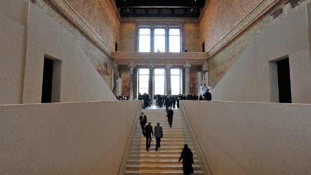 Star architect Chipperfield hands over keys to Berlin museum