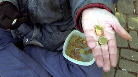Man loses unemployment benefits due to begging 'income'