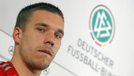 Poldi faces anonymous charge for Ballack slap