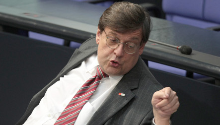 Tauss becomes first 'Pirate' in parliament after leaving SPD
