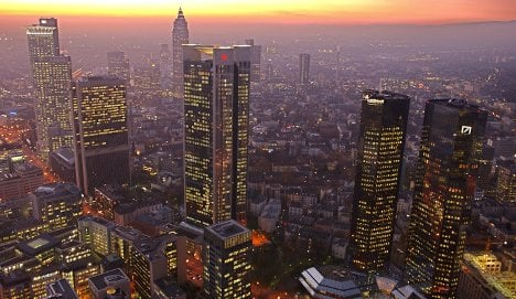 Berlin supports G20 limits on banker bonuses