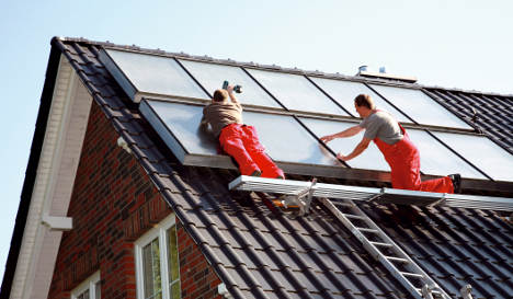 Solar panel thieves focus on rural roofs