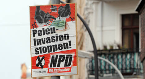NPD ordered to remove anti-Polish signs