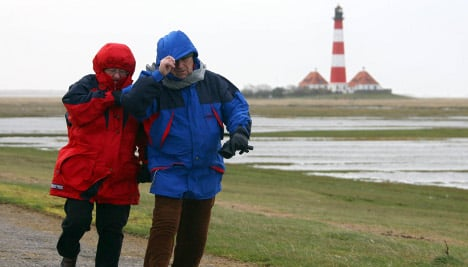Wet and dreary weather to continue through weekend