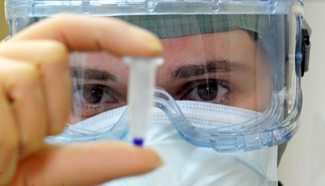 Government to get special swine flu vaccine