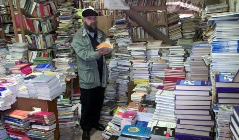 'Book reverend' saves a million scrapped East German books