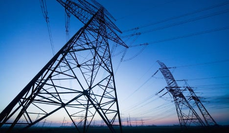 E.ON sells power grid to Dutch group for €1.1 bln