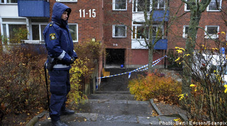 Police suspect murder as woman's body burns