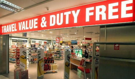 Officials call airport duty-free shops a security risk