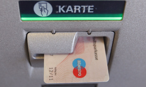 Sparkasse announces refunds for 2010 glitch