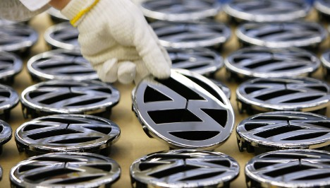 VW offers job guarantees to 100,000 workers