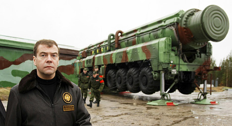 Sweden and Poland push for nuclear arms cuts