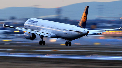 Strike ends as Lufthansa and pilots resume talks