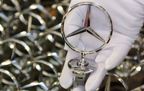 Daimler to settle bribery claims with €134 million in fines