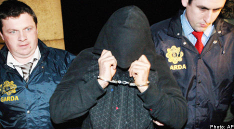 Two remanded over cartoon murder plot