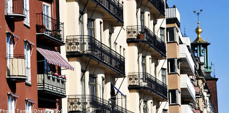 Stockholm defends city housing sell-offs