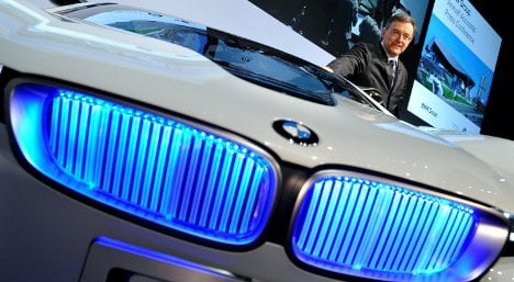 BMW looks forward to strong profits