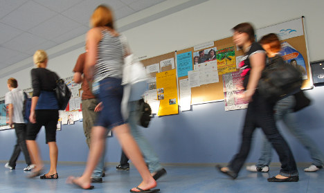 Struggling students to get guidance counsellors