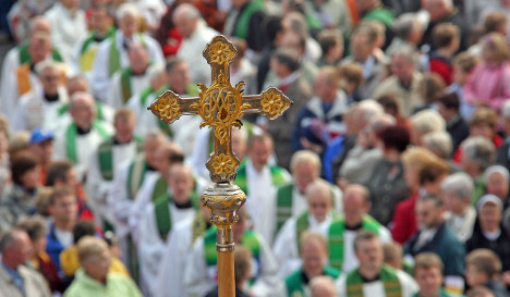 Church member leader urges end to celibacy for Catholic priests