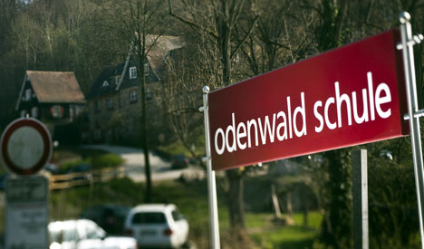 Teacher reportedly made child porn with pupils