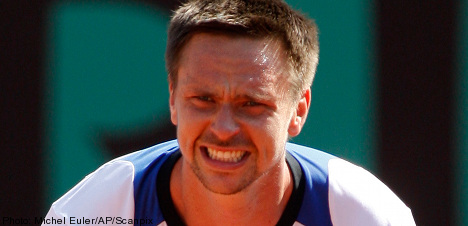 Söderling rockets into French Open final