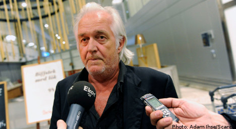 Mankell accuses Israel of 'piracy'