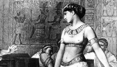 Cleopatra death caused by drugs not asp bite, historian claims
