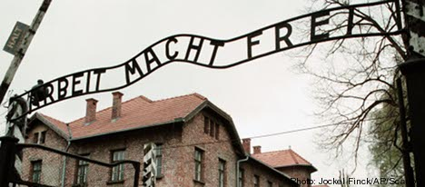 Second Swede sought over Auschwitz theft