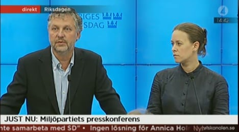 Moderates and Greens call for time