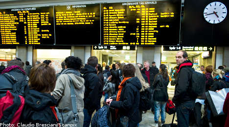 4,000 travellers hit after cancelled trains