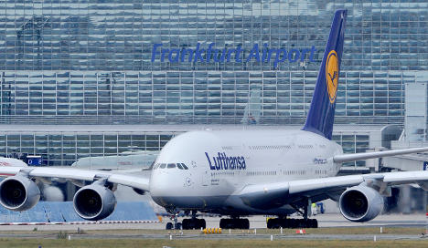 Lufthansa gets new A380 as safety concerns persist