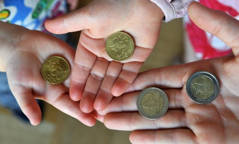 'Mini-jobs' work against families, study finds