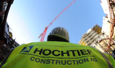 ACS nears 30-percent stake in Hochtief